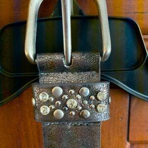 belt from buckle